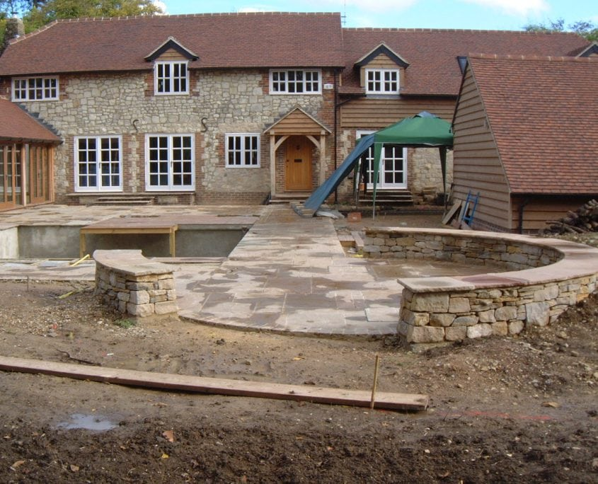 A house and garden during a project management job